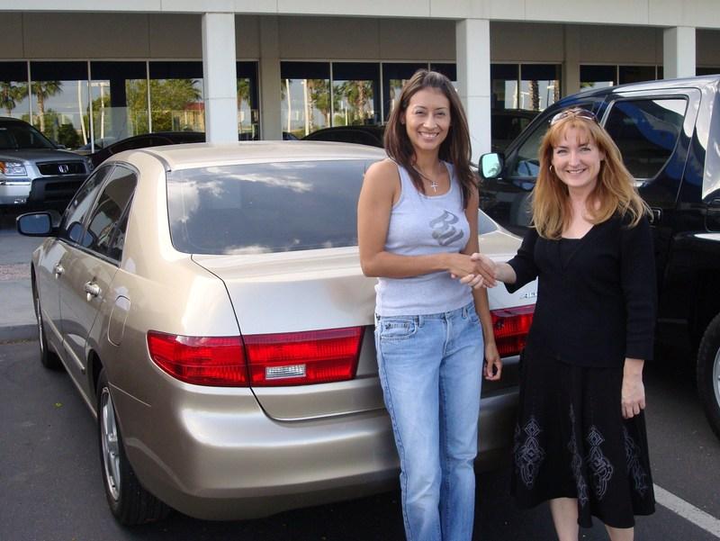 Ruth_sells_car